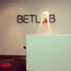 Букмекер Пари-Матч объявил о сотрудничестве с BETLAB